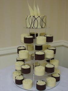chocolate vanilla cakes tower