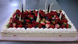 fruit decoration cake