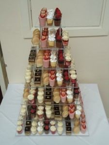 mini finger cake tower