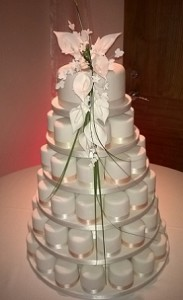 white icing cakes tower
