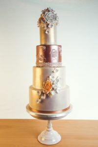 4-tier-gold-fawn-wedding-cake