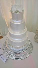 Contemporary Cake Designs have recieved another wedding cake testimonial